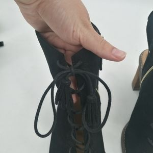 Dr. Scholl's Shoes - Dr. Scholl's lace up ankle booties tassels size 11